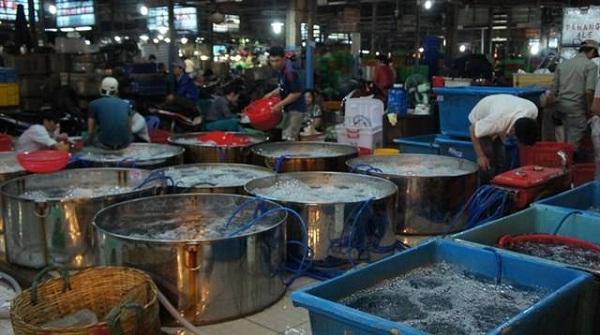 chợ hải sản bình điền